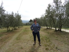 Tamra Kramer, owner of vom FASS Mall of America, in Tuscan olive grove
