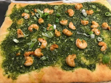 Shrimp Pesto Flatbread Pizza vomFASS Mall of America Minnesota Food.JPG