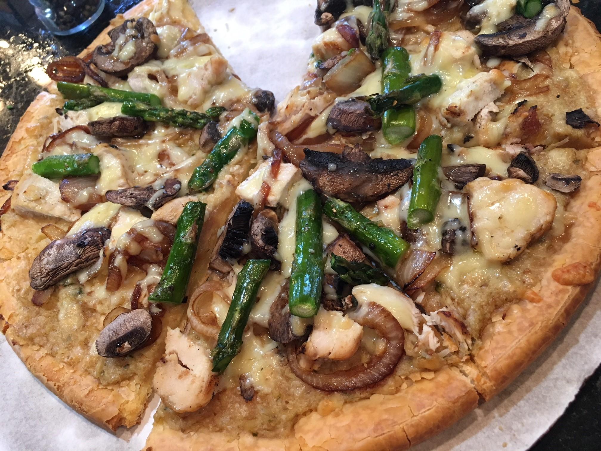 Pizza Recipe Chicken Artichoke Pesto vomFASS Mall of America