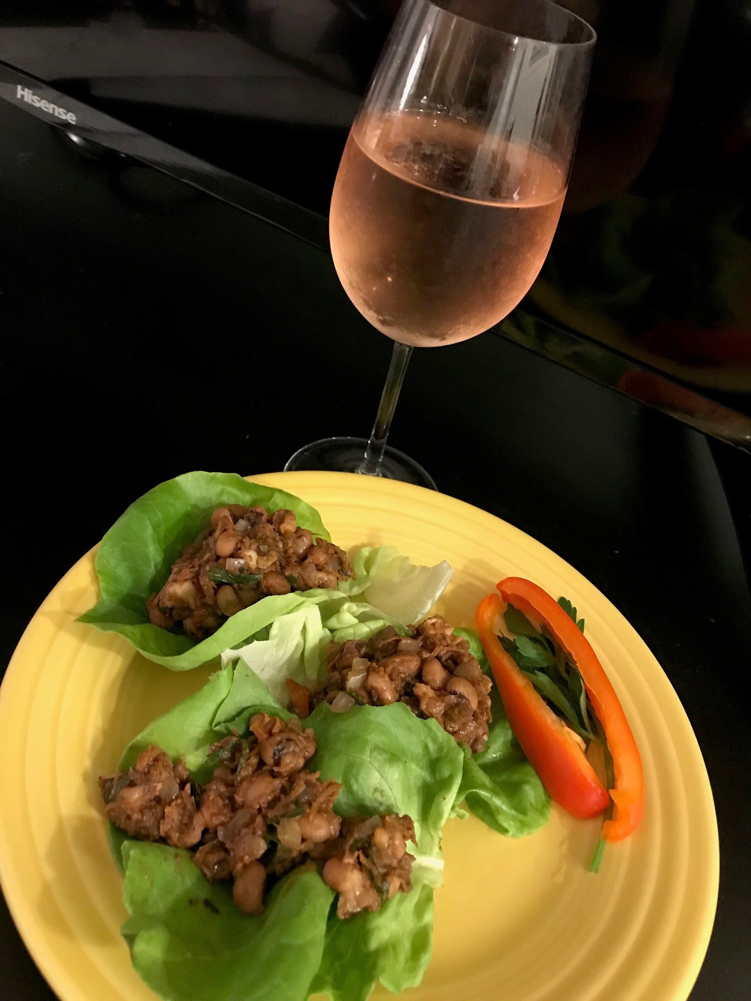 Black Eyed Pea Lettuce Wraps Mediterranean Diet Cooking Class vomFASS Mall of America