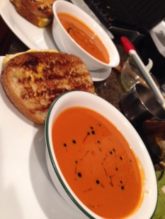 Tomato Soup Grilled Cheese Fig Chili Balsamic vomFASS Mall of America Minnesota Food